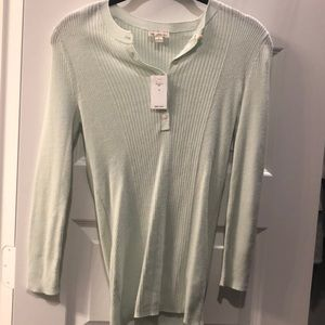 NWT Gap ribbed long sleeved Henley